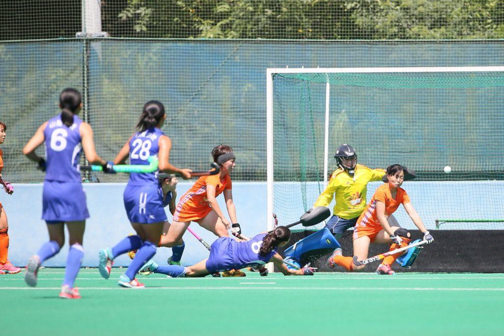 #8岩舘聖菜選手(青ユニ)による、この倒れ込みながら2点目を挙げた試合によって、『山梨学院CROWNING GLORIES』に勝利をもたらした