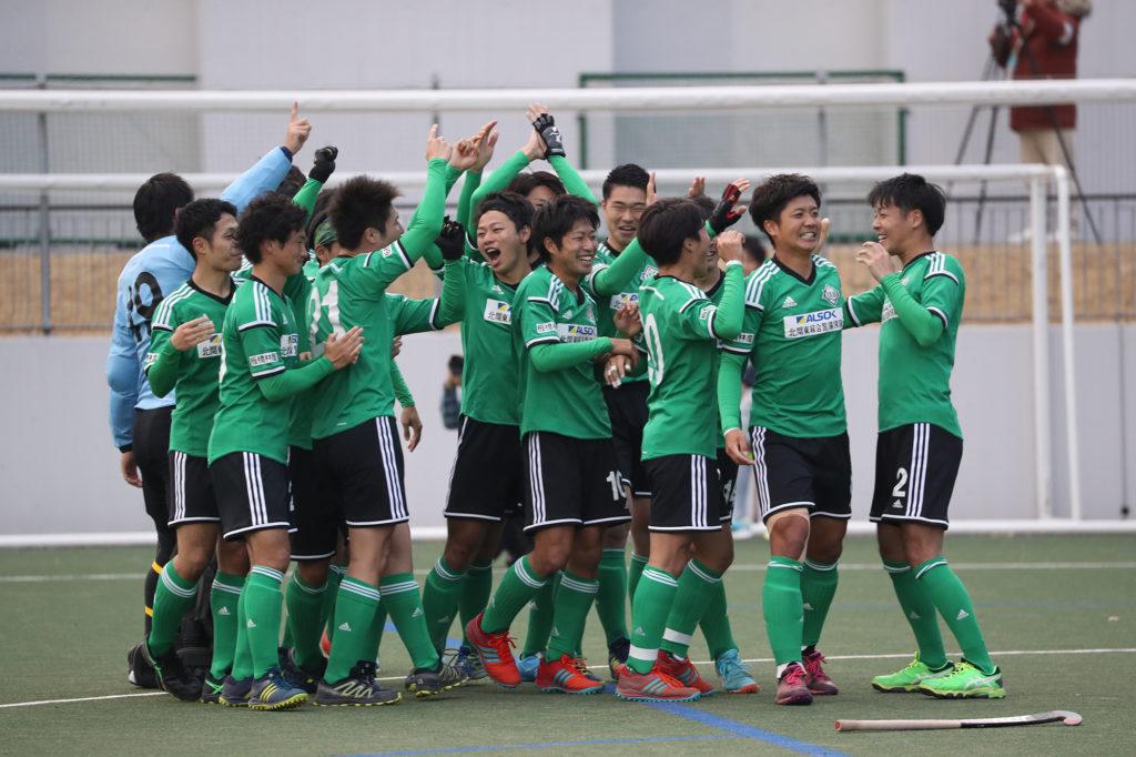 シュートアウト戦の結果、悲願のH1昇格を果たしたLIEBE栃木