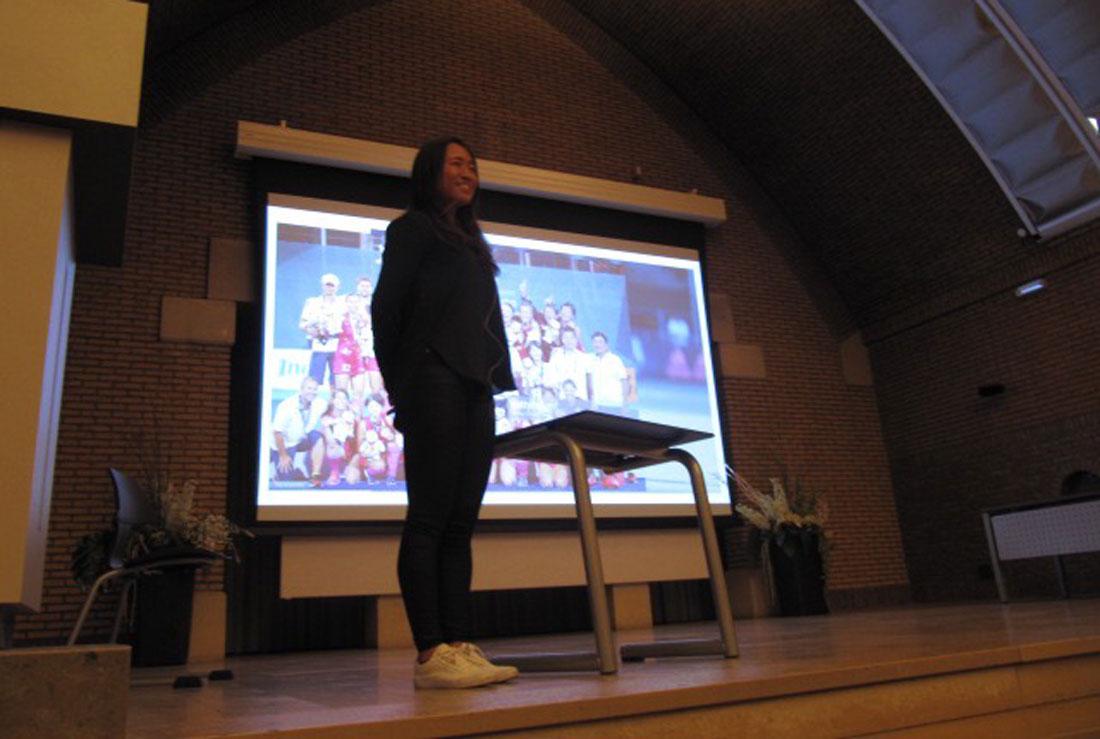 オランダの日本語学校で講演会